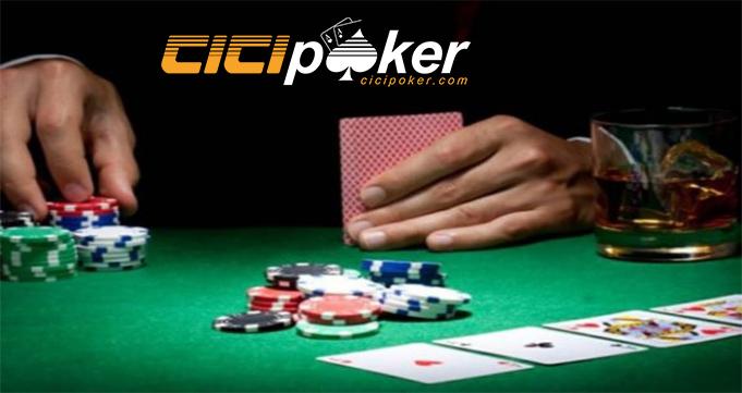 Pentingnya Membaca Artikel Judi Poker Online